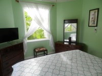 """King bed with 32"""" LCD TV"""
